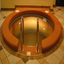 Hidromasažinės SPA vonios (minibaseinai)