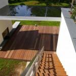Įrengta terasa ir laiptai