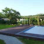 Lauko terasa su baseinu ir pavesine